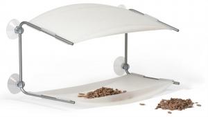 futterspender am fenster f r v gel tazshop. Black Bedroom Furniture Sets. Home Design Ideas